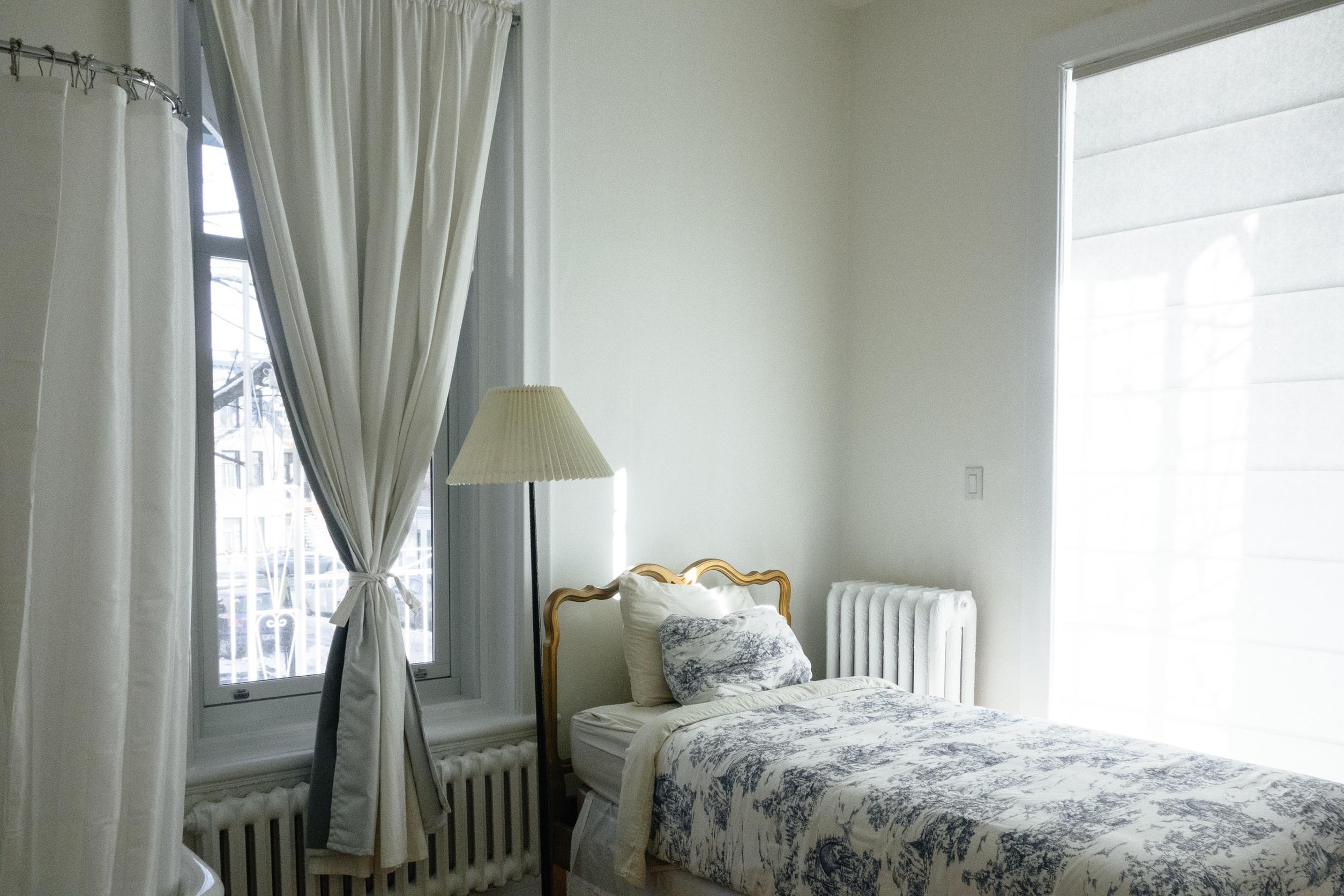 bedroom-690129